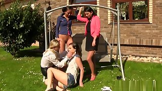 Pissing lesbos fingered