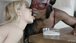As BF leaves her slutty blonde goes lesbian with black beauty Ana Foxxx