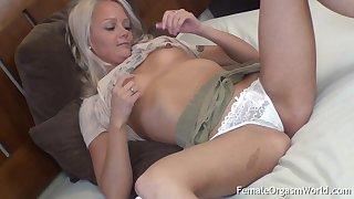 Small Boobs Big Nipples Babe Has Body Tembling Orgasms
