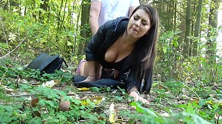 Girl goes cam;ping and ends up fucking into the woods