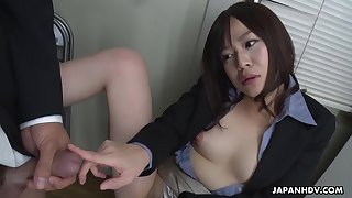 Squirting Japanese secretary Asuka Kyono sucks cock