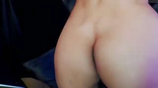 shemale beauty dancing and stripteasing show live on cam