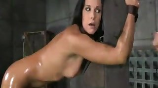 India Summer loves to be made love while tied up